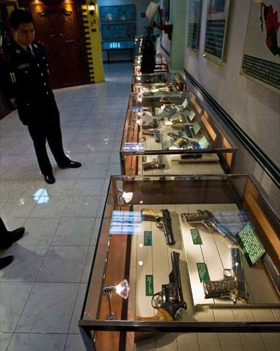 This guy had a better gun collection that most legitimate museums do.