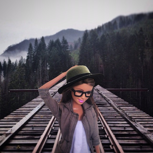 instagram-barbie-hipster-9